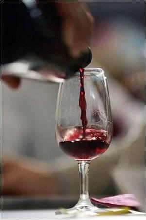 Wine Keeps Cholesterol Away