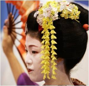 Modern Geisha in Japan on the Verge of Forming Labour Union