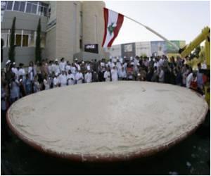 10-Tonne Hummus Victory In Lebanon-Israel's Gastronomy Wars
