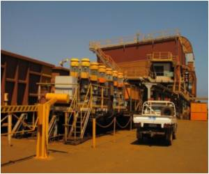 What is Behind the Boom in Mining in Australia ?