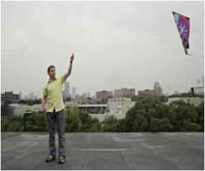 Huge Profits for Ahmedabad Kite Makers