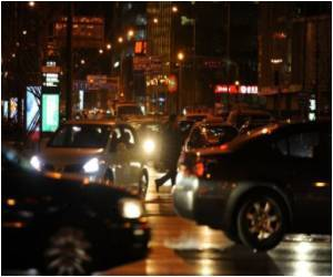 During Mid-afternoon Hours Red Light Raises Alertness
