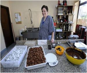 Croatian Sweets Shop is a Meeting Place for Chocolate and Love