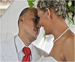 Cuba Celebrates Its First 'Gay' Wedding