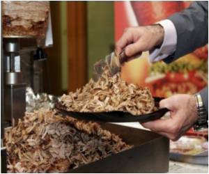 Germany's 1st Doner Kebab Fair Has a Meat-cutting Robot