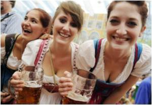 Annual Beer Festival Kicked Off In Munich