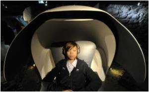Sleep Pods Offer Relief For Weary People of Hong Kong