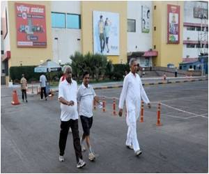 Mumbai Mall Used by Early Morning Walkers