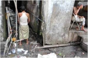 Experts Say Sanitation Crisis at Alarming Stage