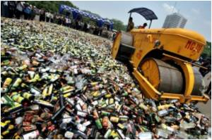 """Indonesia Loses the Christmas """"Spirit"""" : Nation Faces Booze Shortage"""
