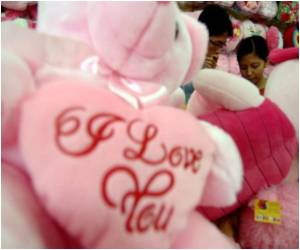 Valentine's Day's 'Free Sex' Warning Issued by Indonesian Clerics