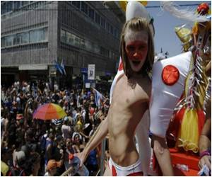 Tel Aviv Witness to Massive Gay Pride March