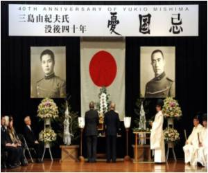 40 Years Since Far-right Japanese Author's Suicide Marked by Fans