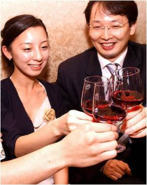 Japanese Firm Pay Employees to Booze for Better Communication