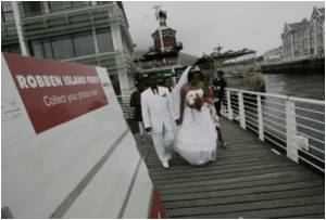 Annual Mass Valentine's Wedding Held on Mandela Prison Island