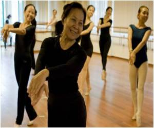 Ballet is the Latest Craze Among Singapore Grannies