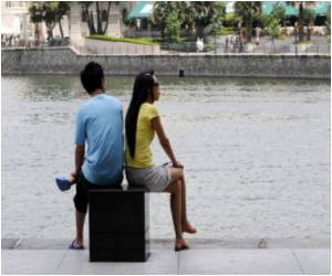 Dating Campaign on in Singapore to Woo Singles