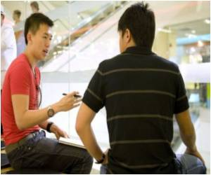 Shy Singapore Men Seeking Dating Coaches to Pump Up Social Skills and Love Lives