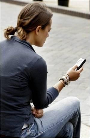 Internet Porn Sends Teenage Girls Running Away With Older Men They Meet Online in Australia