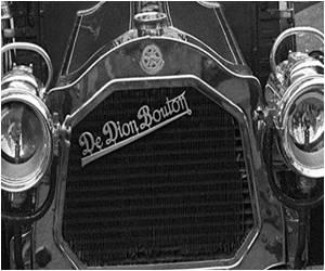 World's Oldest Car Nets $4.6 Million at Auction