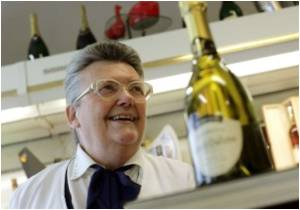 Mechanism Behind Champagne's Flying Cork Revealed