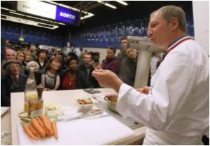 Top French Chefs Cook Up a Treat in Paris Subway