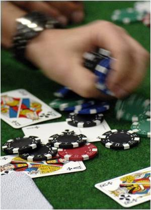 Gambling Problems More Common Than Alcohol Dependence