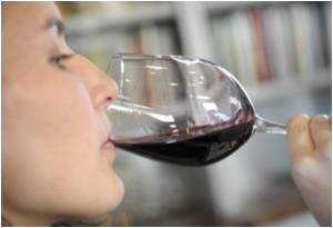 Wine Raises Risk of Breast Cancer Death