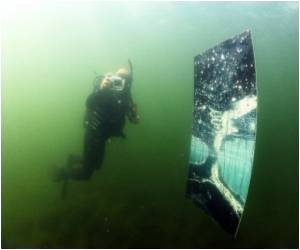 Underwater Picture Gallery Opened By Lithuanian Divers