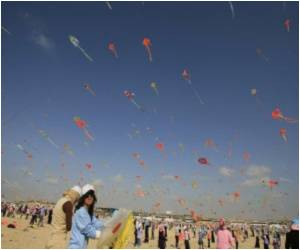 Kite-Flying Lifts Spirits in Gaza