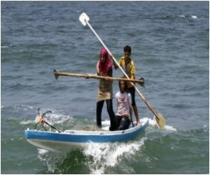 Conservative Gaza Girls Go Fishing to Feed Family