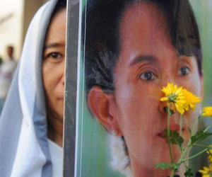 Myanmar Pro-Democracy Leader Turns 65 Under House Arrest, World Salutes Her