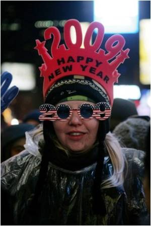 New Yorkers Brave Biting Cold To Celebrate New Year