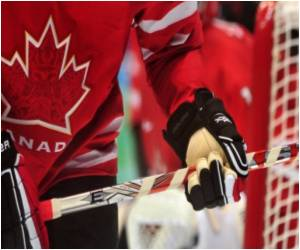 Strobe Glasses Boost Performance in Professional Hockey Players