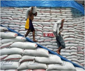 Philippines to Make Subsidized Rice Available to the Poor Alone