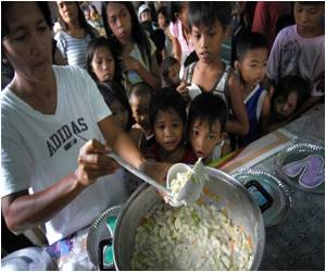 Poll Finds Fewer Hungry in Philippines Under Aquino