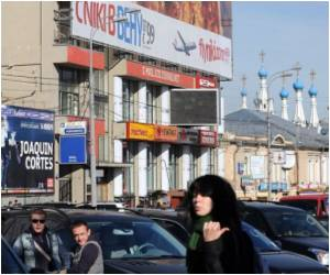 Advertising Suffocating Russian Capital: Heritage Official