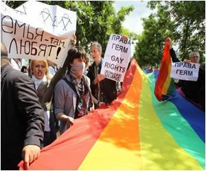 Moscow: First Gay Pride Rally