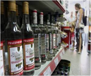 An Anti-alcohol Gang Targets Drinking Russians: Police