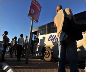 Visitors For the World Cup Face Transport Difficulties in South Africa