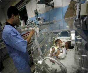 Gaza-born Conjoined Twins Can't be Separated: Saudi Doctors