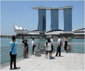 Casinos Give a Thrust to Tourism in Singapore