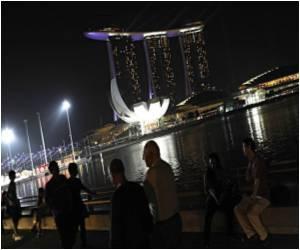 Energy Hogger Singapore Fillips 'Green' Buildings