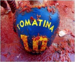 Mushy Tomato Fest Leaves Revellers Red in the Face