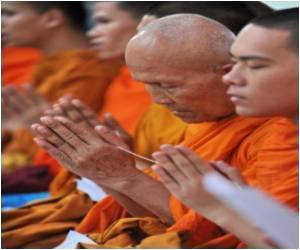 Study Says Half of Thailand's Buddhist Monks are Obese