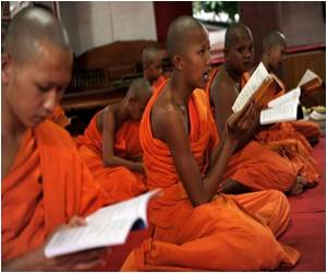 Report: Monks Teach Maleness to Thai 'Ladyboys'