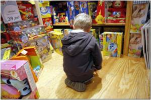 US Christmas Shoppers Warned of Hazardous Toys