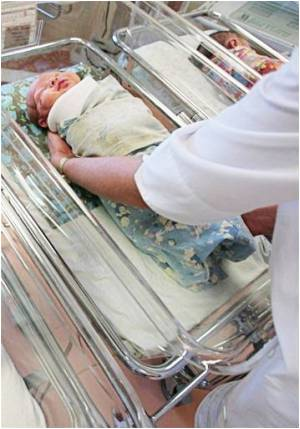 Premature Baby Saved by Plastic Incubator Bag