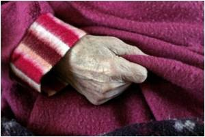 What Goes Wrong in the Brains of Older People With Dementia ?