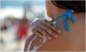 Using Sunscreen Excessively Increases Skin Cancer Risk